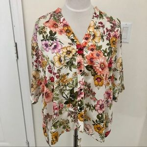 Zara floral print high low buttons down blouse S